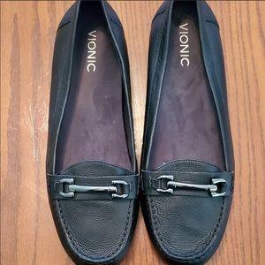 VIONIC Black Leather Kenya loafer Size 11